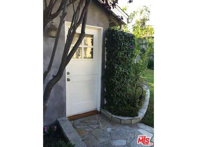 Rental Homes for Rent, ListingId:34461562, location: 1425 North ORANGE Drive Los Angeles 90028