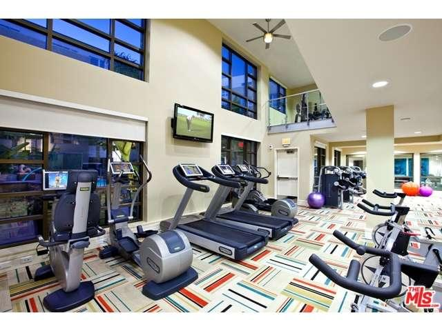 Rental Homes for Rent, ListingId:34629781, location: 5550 WILSHIRE Los Angeles 90036