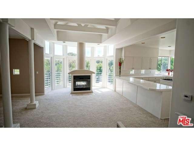Rental Homes for Rent, ListingId:34630000, location: 5162 CAMPO Road Woodland Hills 91364