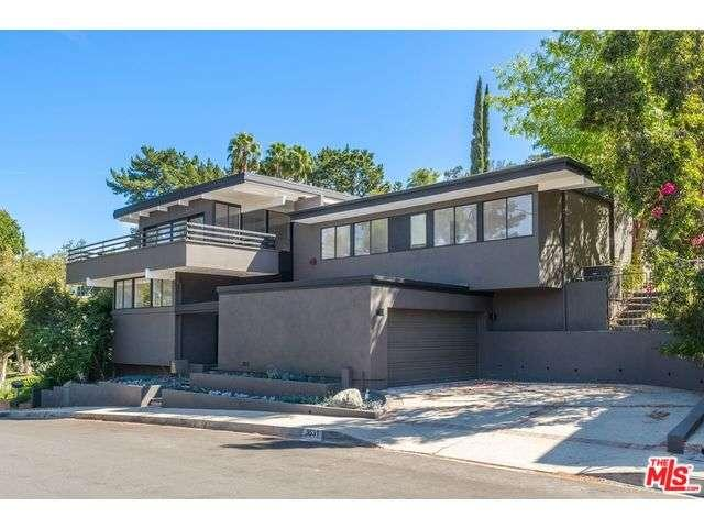 Rental Homes for Rent, ListingId:34654936, location: 3531 ALANA Drive Sherman Oaks 91403