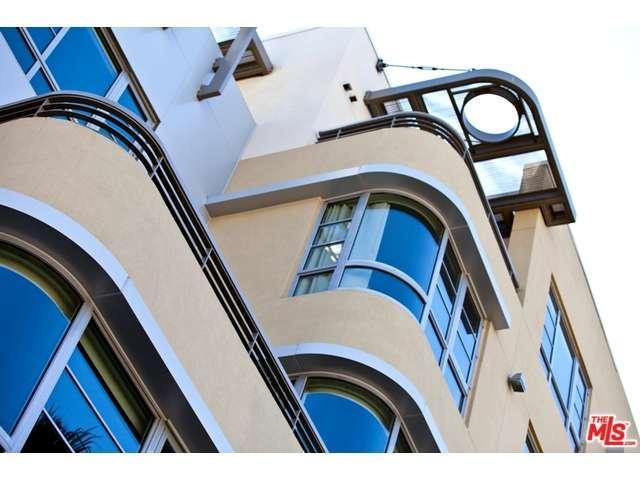 Rental Homes for Rent, ListingId:34889550, location: 5550 WILSHIRE Los Angeles 90036