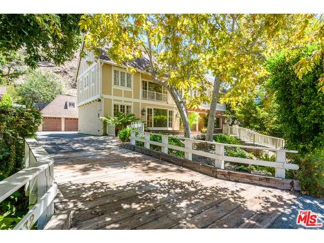 Rental Homes for Rent, ListingId:34909527, location: 2628 MANDEVILLE CANYON Road Los Angeles 90049