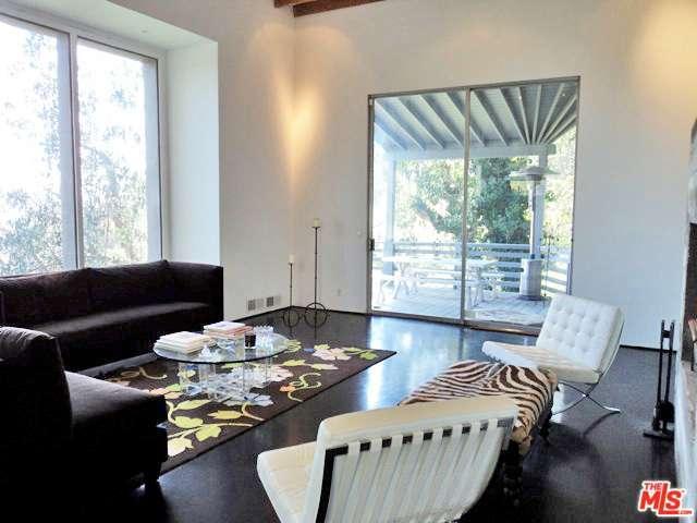 Rental Homes for Rent, ListingId:35003663, location: 3010 LAKE GLEN Drive Beverly Hills 90210
