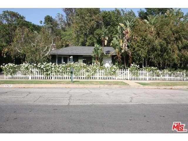 Rental Homes for Rent, ListingId:35023352, location: 11767 BELLAGIO Road Los Angeles 90049