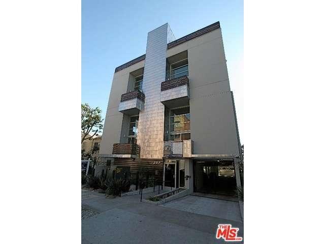Rental Homes for Rent, ListingId:35112288, location: 7062 North HAWTHORN Avenue Los Angeles 90028