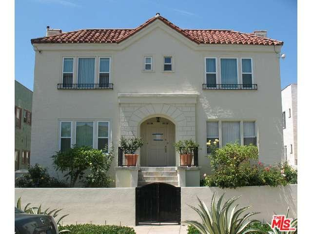Rental Homes for Rent, ListingId:35112373, location: 1119 South CLOVERDALE Avenue Los Angeles 90019