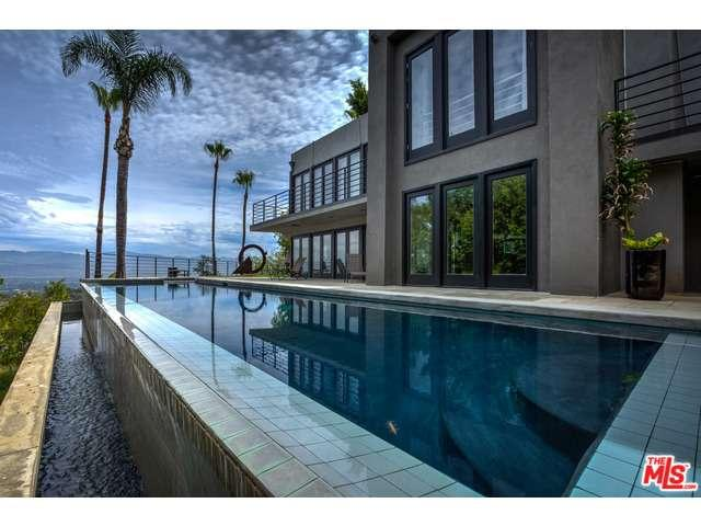 Rental Homes for Rent, ListingId:35131404, location: 13160 MULHOLLAND Drive Beverly Hills 90210