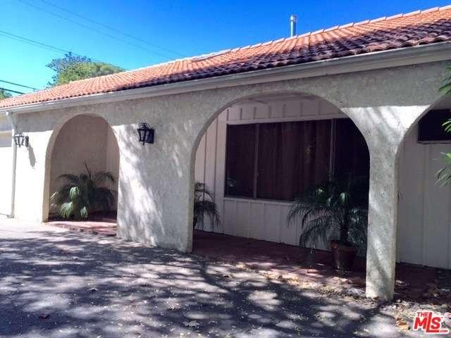 Rental Homes for Rent, ListingId:35137609, location: 15035 CAMARILLO Street Sherman Oaks 91403