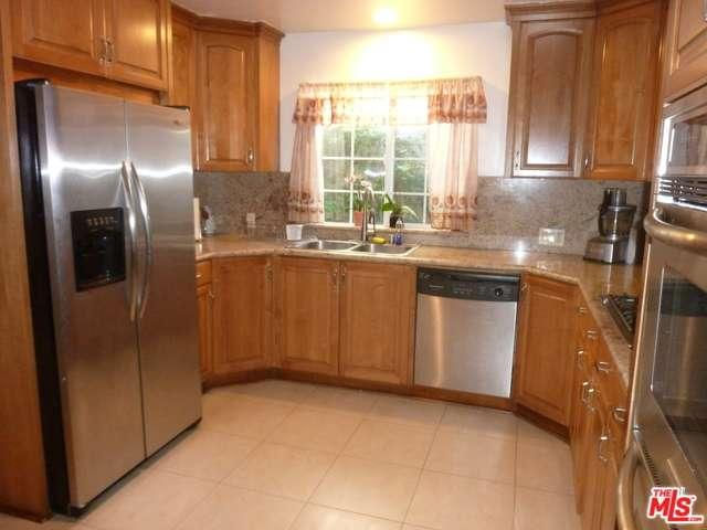 Rental Homes for Rent, ListingId:35159750, location: 5652 VANTAGE Avenue Valley Village 91607