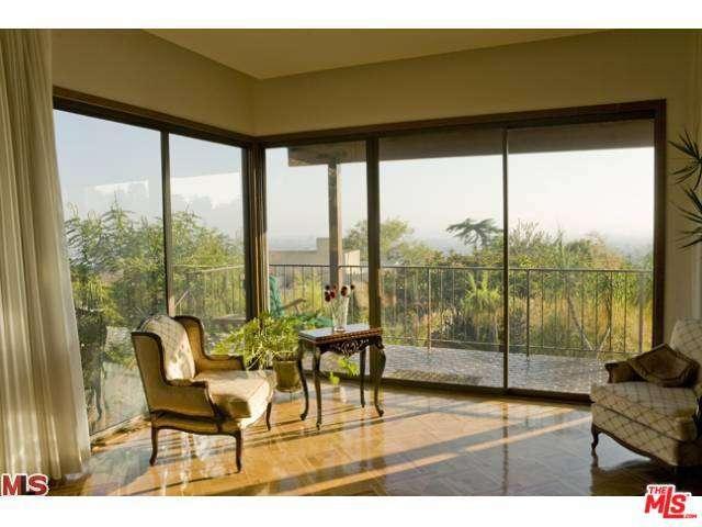 Rental Homes for Rent, ListingId:35222769, location: 4205 PARVA Avenue Los Angeles 90027