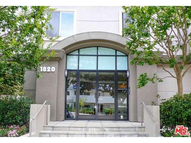 Rental Homes for Rent, ListingId:35246447, location: 1820 South BEVERLY GLEN Los Angeles 90025