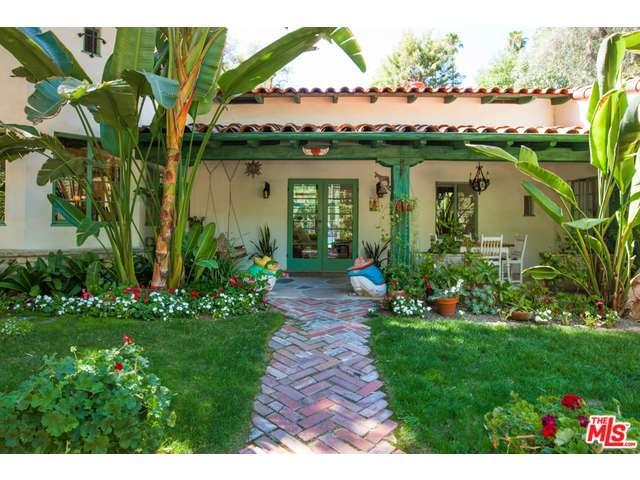 Rental Homes for Rent, ListingId:35352938, location: 5001 VANALDEN Avenue Tarzana 91356