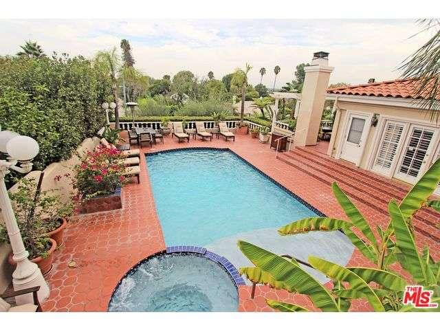 Rental Homes for Rent, ListingId:35307411, location: 13714 VALLEY VISTA Sherman Oaks 91423