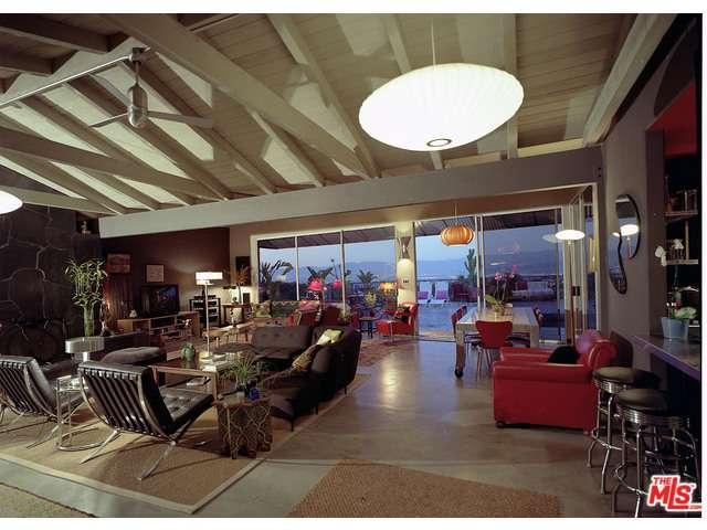 Rental Homes for Rent, ListingId:35307488, location: 8147 MULHOLLAND Terrace Los Angeles 90046