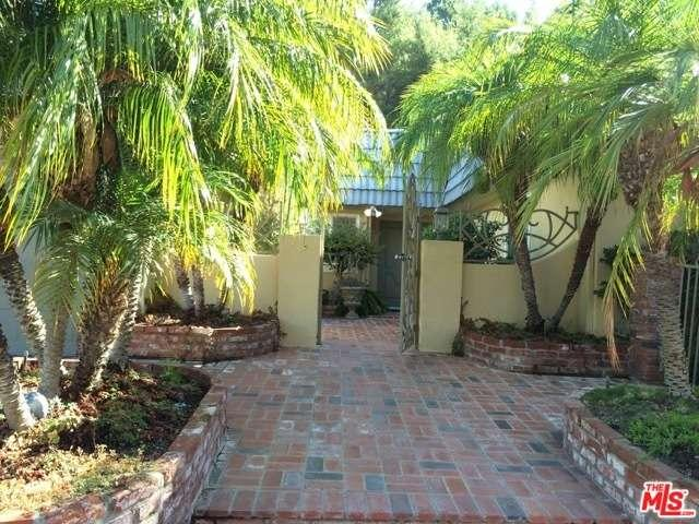 Rental Homes for Rent, ListingId:35426224, location: 2520 LA CONDESA Drive Los Angeles 90049