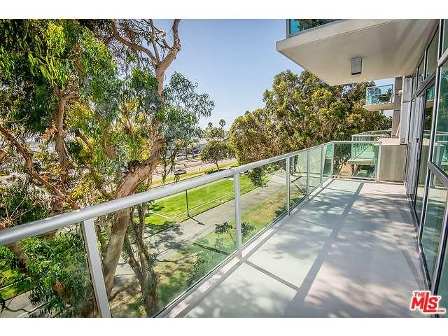 Rental Homes for Rent, ListingId:35426236, location: 13700 MARINA POINTE Drive Marina del Rey 90292