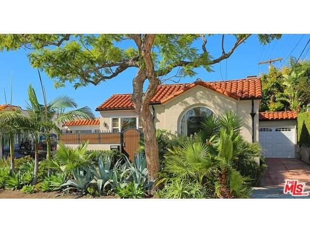 Rental Homes for Rent, ListingId:35456338, location: 7417 CLINTON Street Los Angeles 90036