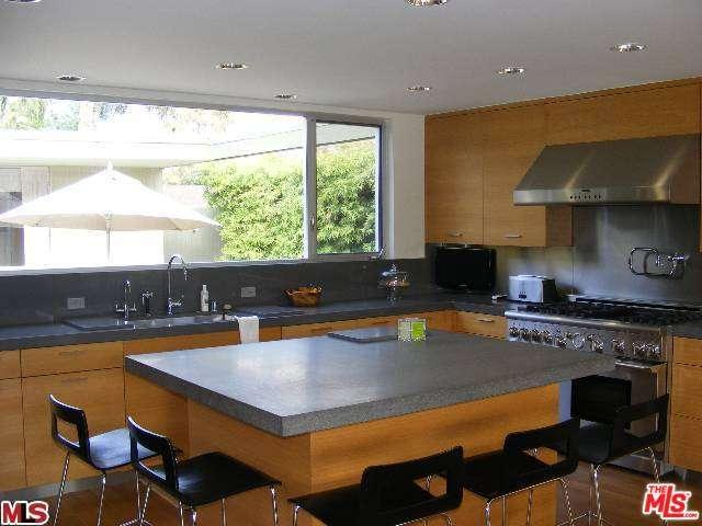 Rental Homes for Rent, ListingId:35514956, location: 23567 MALIBU COLONY Road Malibu 90265