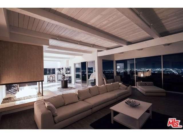 Rental Homes for Rent, ListingId:35598731, location: 3238 WRIGHTWOOD Drive Studio City 91604