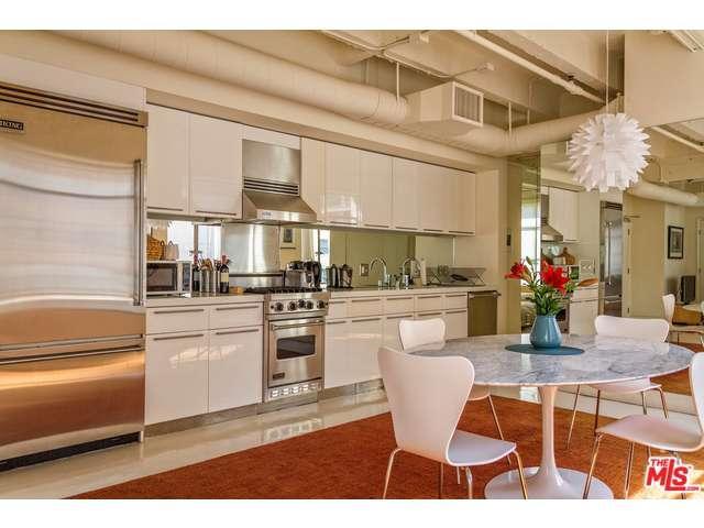Rental Homes for Rent, ListingId:35621154, location: 6253 HOLLYWOOD Los Angeles 90028
