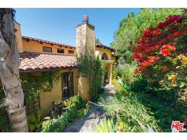 Rental Homes for Rent, ListingId:35598783, location: 13551 CHELTENHAM Drive Sherman Oaks 91423