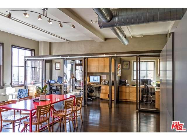 Rental Homes for Rent, ListingId:35621123, location: 1645 VINE Street Los Angeles 90028