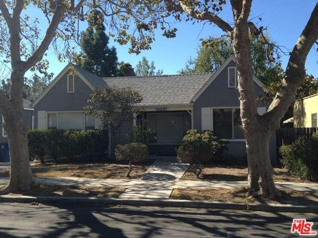 Rental Homes for Rent, ListingId:35701403, location: 2712 LOCKSLEY Place Los Angeles 90039