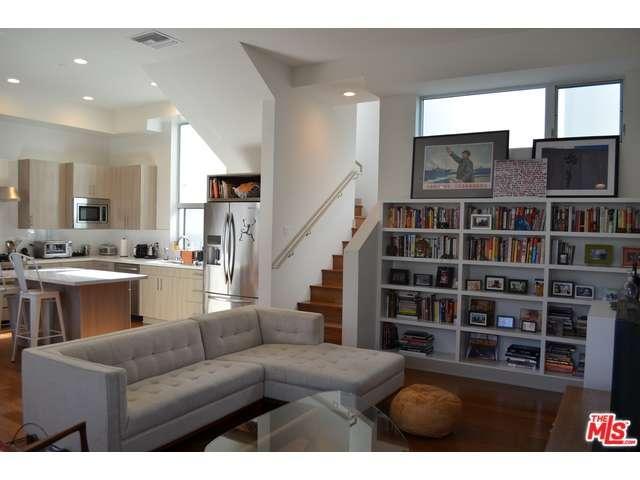 Rental Homes for Rent, ListingId:35669310, location: 11808 WASHINGTON Place Los Angeles 90066