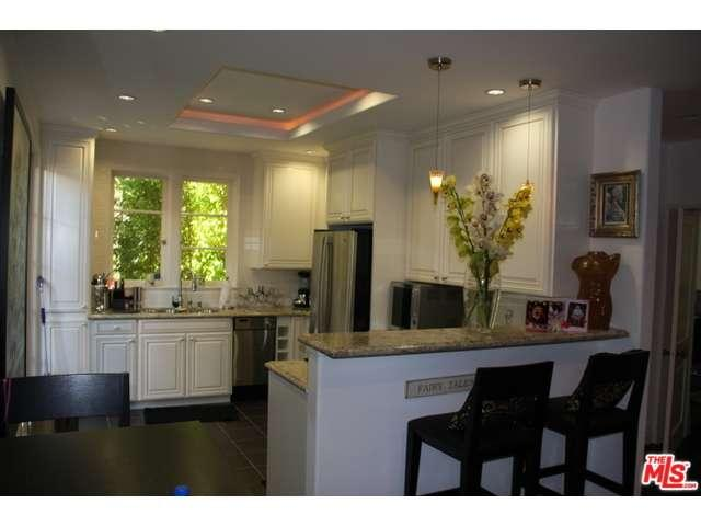 Rental Homes for Rent, ListingId:35701430, location: 1360 CRESCENT HEIGHTS Boulevard West Hollywood 90046