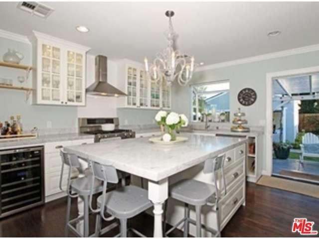 Rental Homes for Rent, ListingId:35754325, location: 1128 MARINE Street Santa Monica 90405