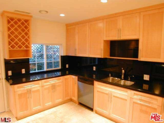 Rental Homes for Rent, ListingId:35921176, location: 3170 BARBARA Court Los Angeles 90068