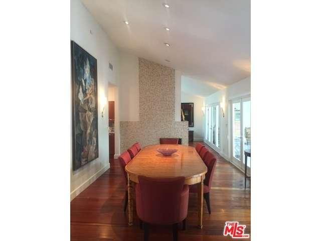 Rental Homes for Rent, ListingId:35952431, location: 13324 SUNSET Lane Los Angeles 90049
