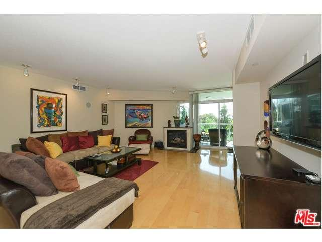 Rental Homes for Rent, ListingId:36001267, location: 13600 MARINA POINTE Drive Marina del Rey 90292