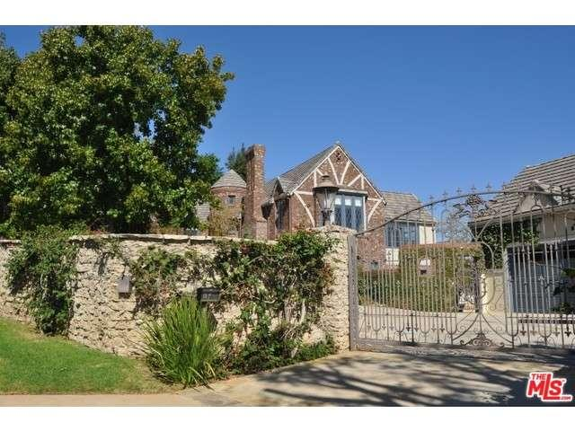 Rental Homes for Rent, ListingId:36001092, location: 160 North TIGERTAIL Road Los Angeles 90049
