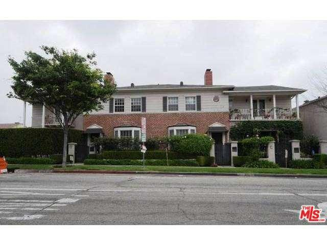 Rental Homes for Rent, ListingId:36001159, location: 402 South ROXBURY Drive Beverly Hills 90212
