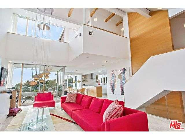 Rental Homes for Rent, ListingId:36161111, location: 2675 RUTHERFORD Drive Los Angeles 90068