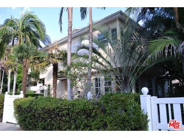 Rental Homes for Rent, ListingId:36221042, location: 1366 North ALTA VISTA Los Angeles 90046