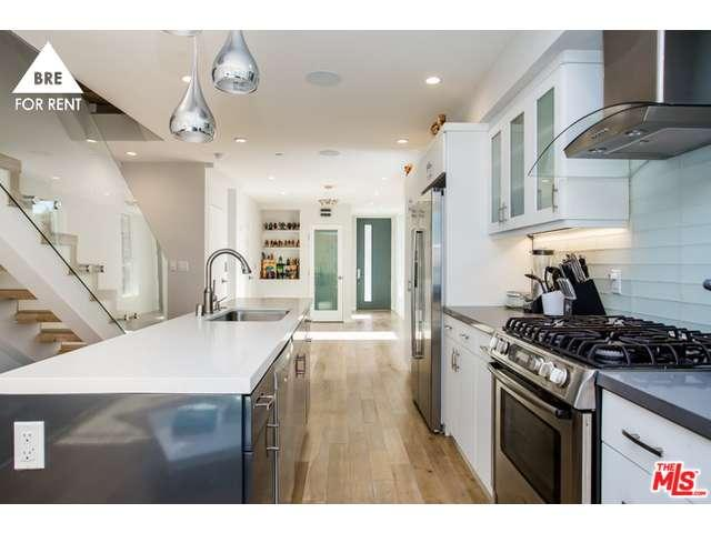 Rental Homes for Rent, ListingId:36283348, location: 1727 LUCILE Avenue Los Angeles 90026