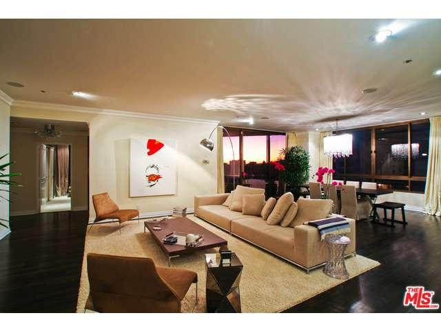 Rental Homes for Rent, ListingId:36302367, location: 10430 WILSHIRE Los Angeles 90024