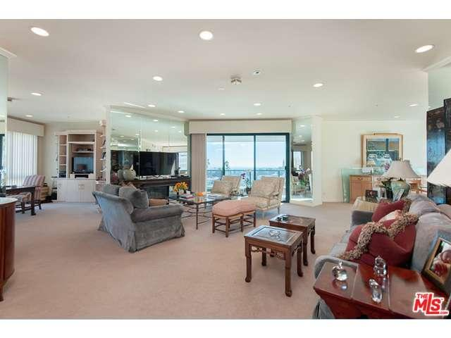 Rental Homes for Rent, ListingId:36313372, location: 10490 WILSHIRE Boulevard Los Angeles 90024