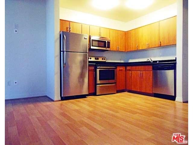 Rental Homes for Rent, ListingId:36313329, location: 5825 West SUNSET Los Angeles 90028