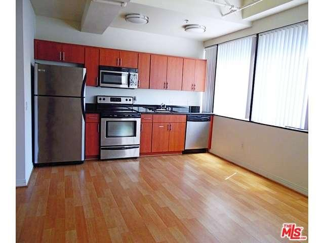 Rental Homes for Rent, ListingId:36313378, location: 5825 West SUNSET Los Angeles 90028