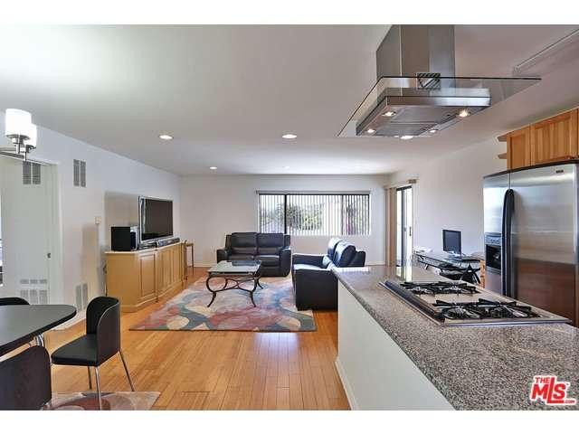 Rental Homes for Rent, ListingId:36330307, location: 1930 North VERMONT Avenue Los Angeles 90027