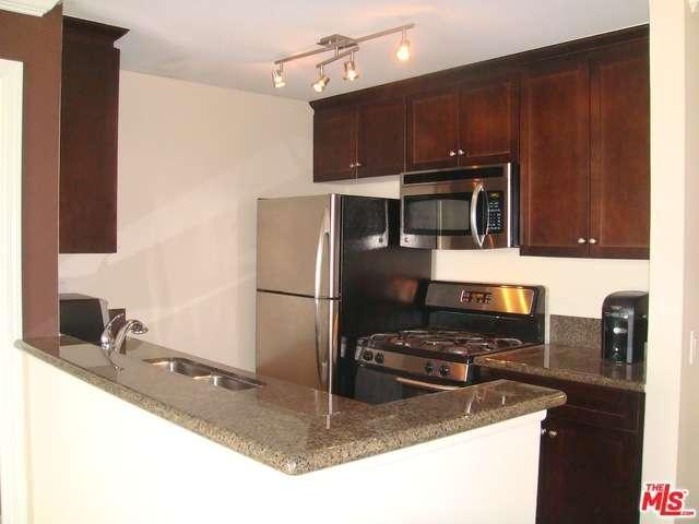 Rental Homes for Rent, ListingId:36339302, location: 7320 HAWTHORN Avenue Los Angeles 90046