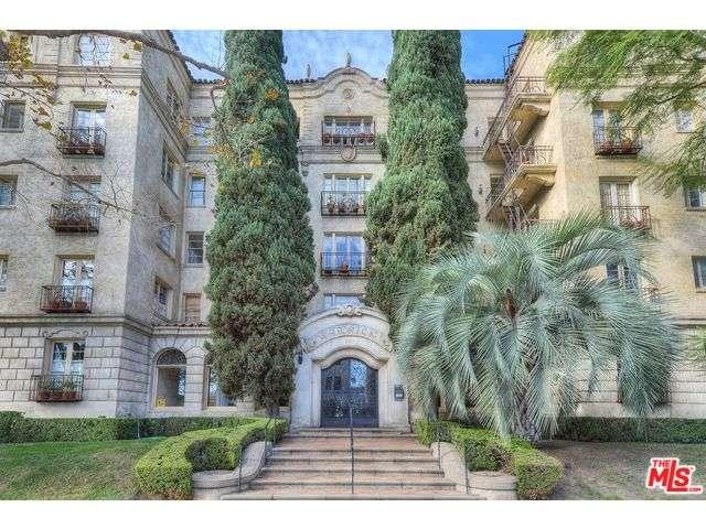109 North SYCAMORE Avenue 204, one of homes for sale in Miracle Mile
