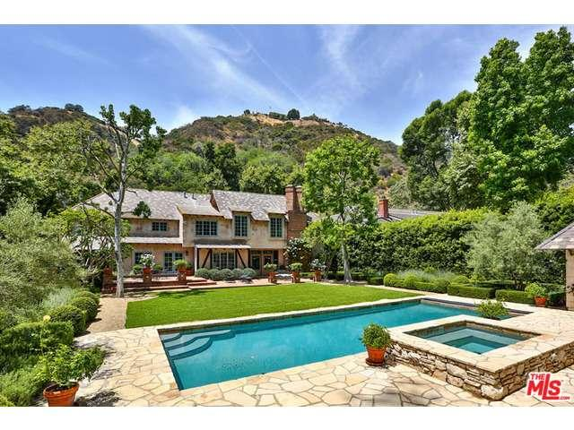 Rental Homes for Rent, ListingId:36426533, location: 2562 MANDEVILLE CANYON Road Los Angeles 90049