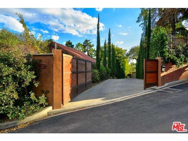 Rental Homes for Rent, ListingId:36476067, location: 1949 CUMMINGS Drive Los Angeles 90027