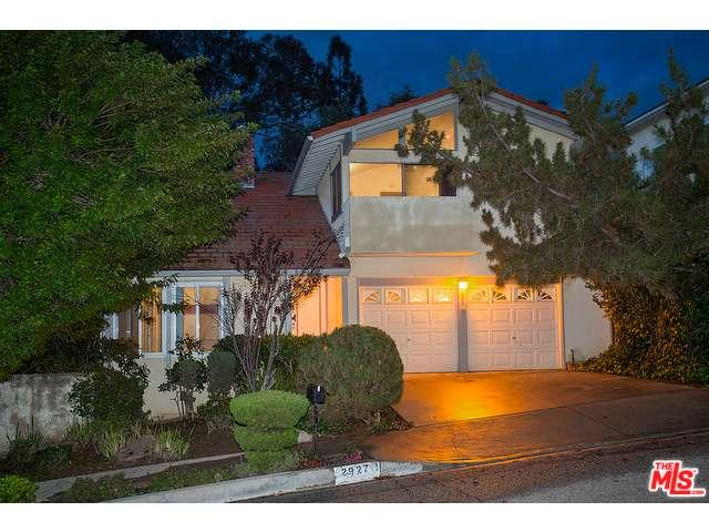 Rental Homes for Rent, ListingId:36660133, location: 2927 WOODWARDIA Drive Los Angeles 90077