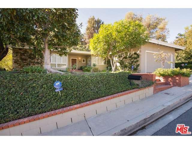 Rental Homes for Rent, ListingId:36681251, location: 901 North KENTER Avenue Los Angeles 90049