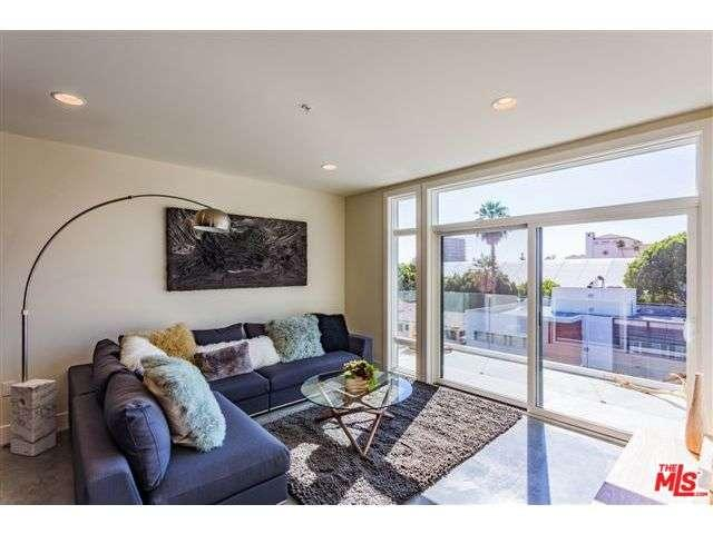 Rental Homes for Rent, ListingId:36690333, location: 119 South LOS ROBLES Avenue Pasadena 91101